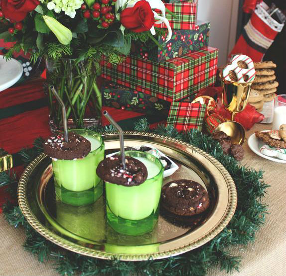 creative-christmas-cookie-display-ideas