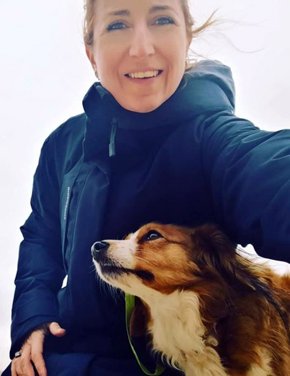 Photo of Lisa Jewell and her dog Willow